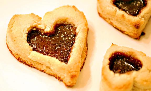 Paleo Linzer Hearts Cookie Recipe | Elana's Pantry