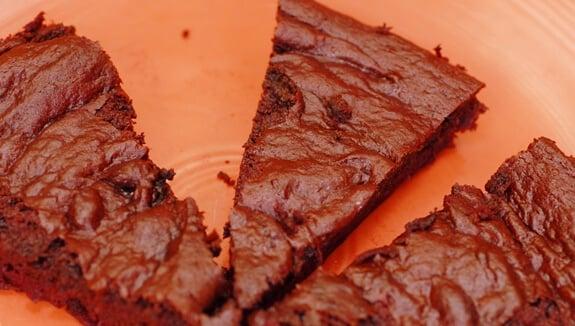 flourless beet cake dessert