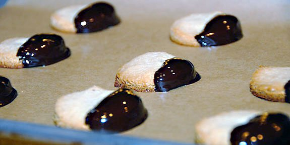 black white cookies gluten-free recipe