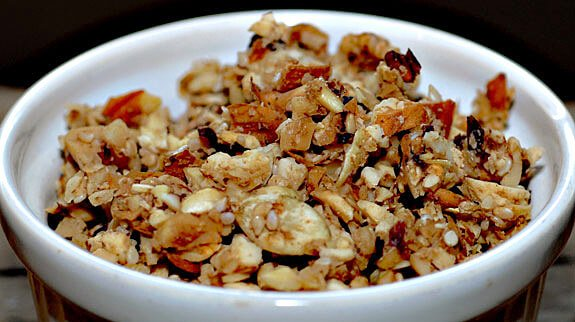 gluten-free grain-free raw paleo granola breakfast recipe
