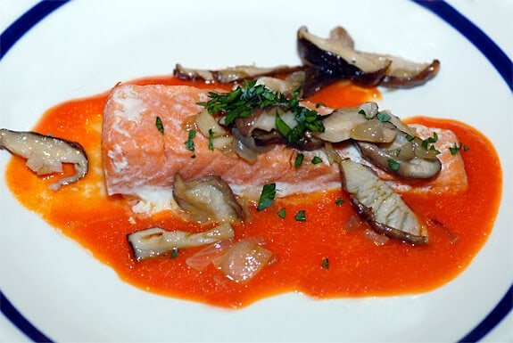 salmon with mushrooms and red pepper sauce