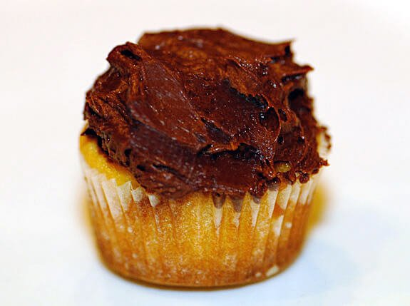 gluten free vanilla cupcakes with vegan chocolate frosting