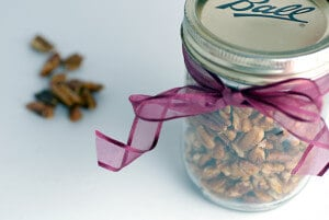 candied pecans gift jar