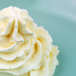 gluten-free whipped cream frosting recipe