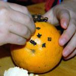 How to Make a Pomander