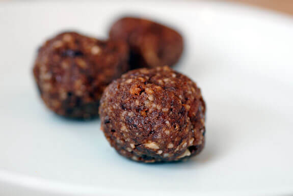 chocolate power bar balls gluten-free vegan recipe