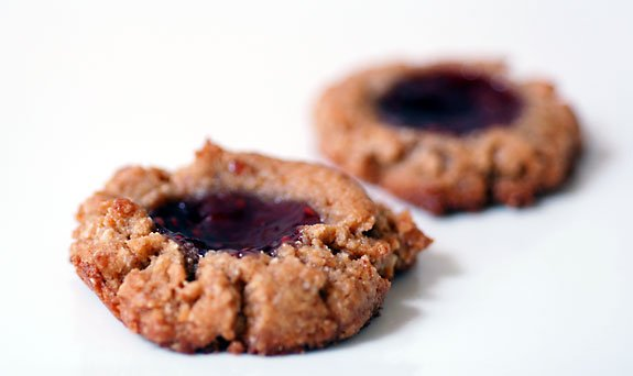 gluten-free peanut butter jelly cookies flourless recipe