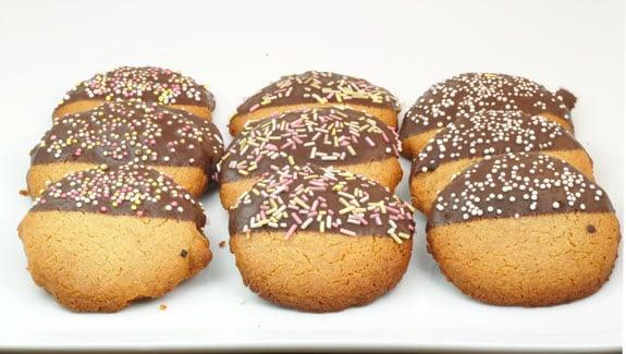 healthy paleo Ginger Shortbread Cookies recipe