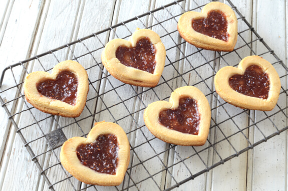 linzer hearts heart paleo jewish recipe