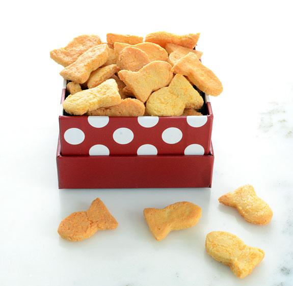 Paleo Goldfish Crackers recipe