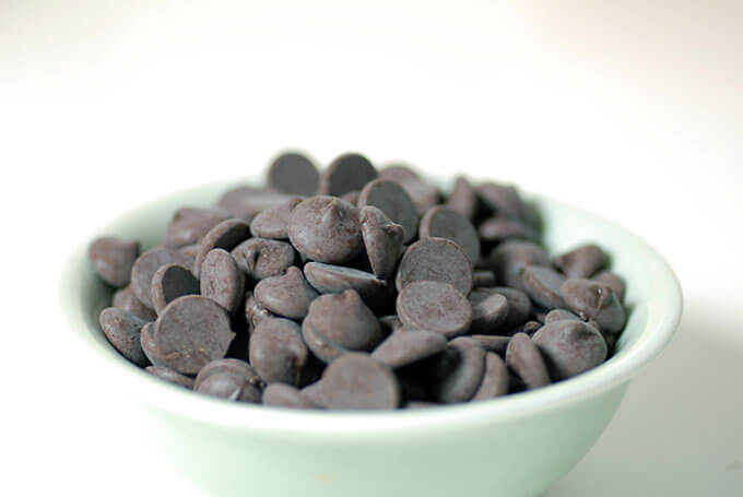 dark chocolate drops chips